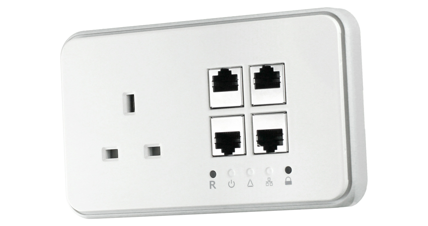 Power Ethernet Socket - 1 x UK Power, 4 x RJ45 | Comms Express