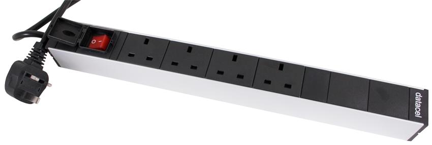 PDU with UK 13Amp Plug Sockets